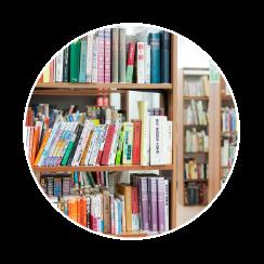図書館で読書を楽しもう